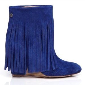 UGG Koolaburra sz 6 blue suede fringe wedge boots